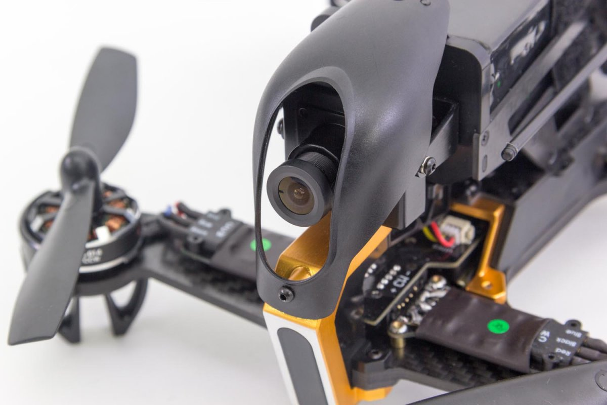 Walkera F210 RTF Racing-Quadrocopter mit Videobreille - RC-Drohnen.de