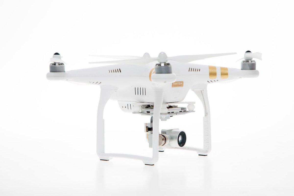 DJI Phantom 3 Professional Quadrocopter - RC-Drohnen.de