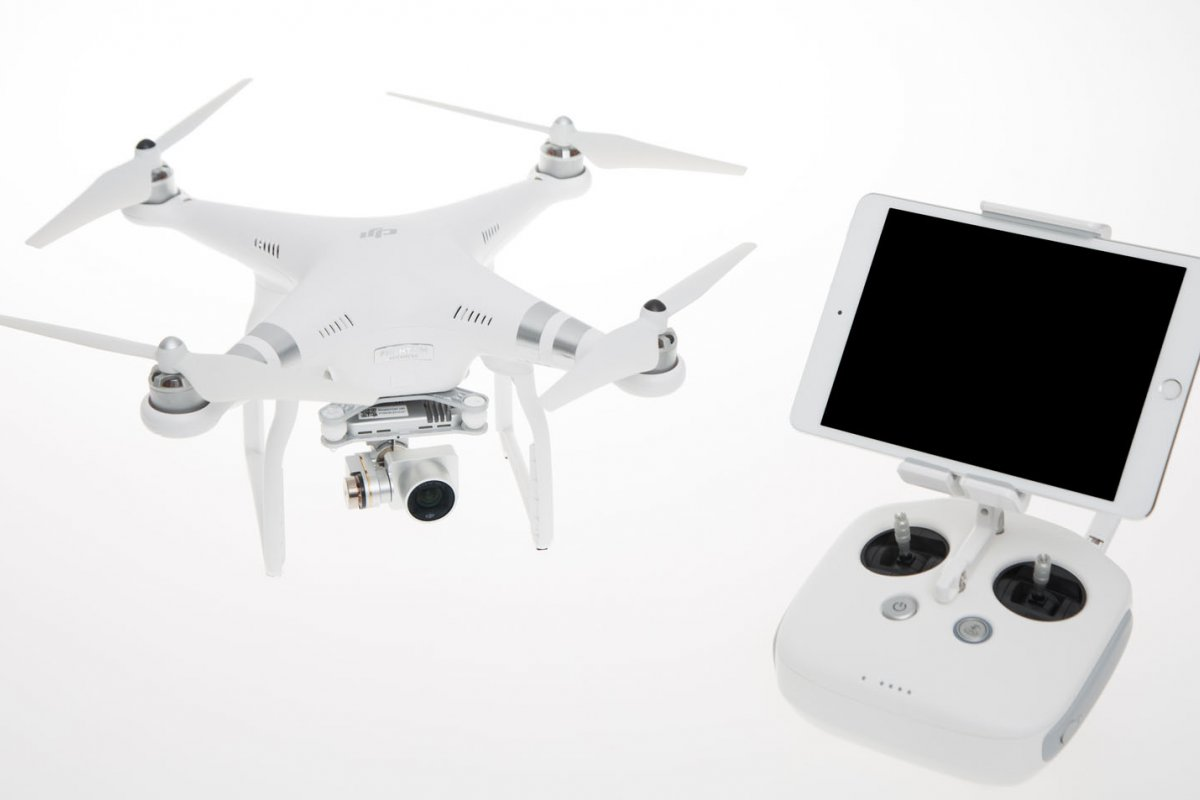 DJI Phantom 3 Advanced Quadrocopter - RC-Drohnen.de